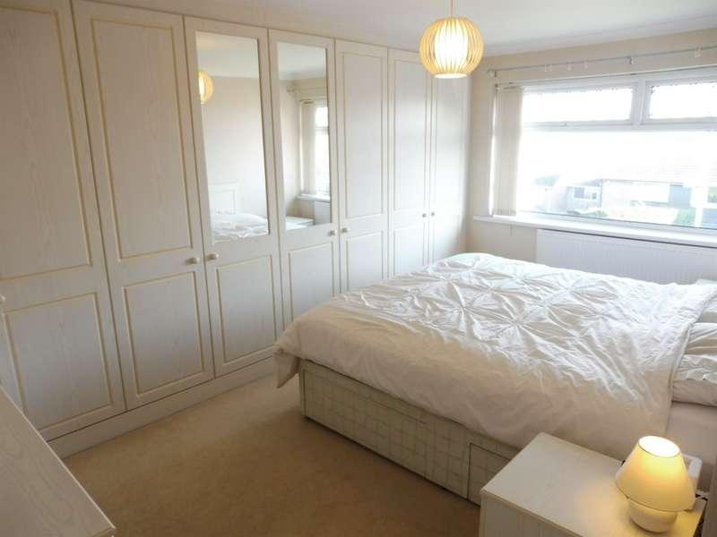 3 Bedrooms Semi Detached House for sale in Dochdwy Road, Llandough, Penarth