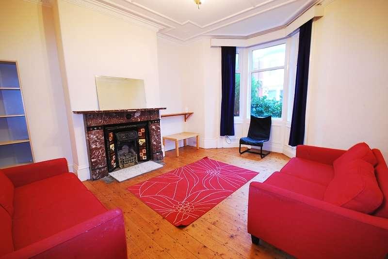 5 Bedrooms Terraced House for rent in Lyndhurst Avenue, Jesmond