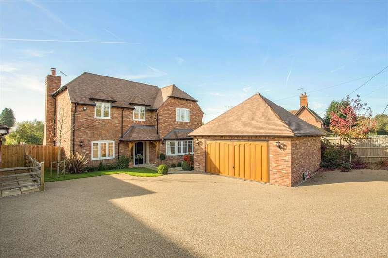5 Bedrooms Detached House for sale in Lower Church Road, Sandhurst, Berkshire, GU47