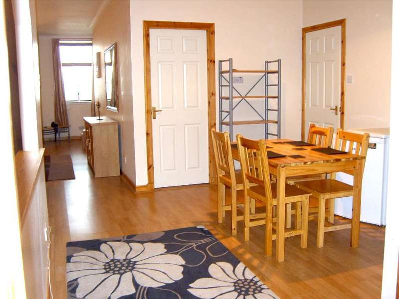 2 Bedrooms Flat for sale in Harbour Terrace, Wick, KW1 5HB