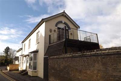 2 Bedrooms Flat for rent in Pierce Lane, Fulbourn