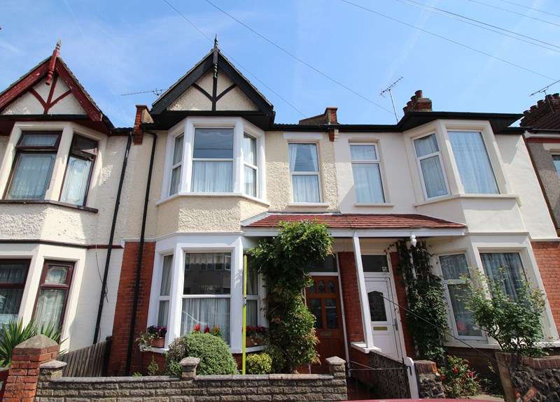 4 Bedrooms Terraced House for sale in Southview Drive, Westcliff-On-Sea