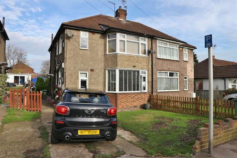 2 Bedrooms Ground Maisonette Flat for sale in Eversley Avenue, Barnehurst, Kent, DA7 6SN