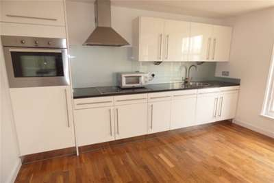 1 Bedroom Flat for rent in Wilson Street, MERCHANT CITY