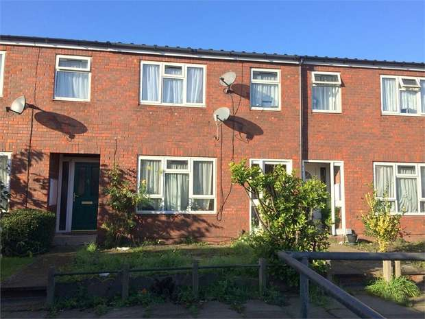 3 Bedrooms Terraced House for sale in Cumberland Close, Epsom