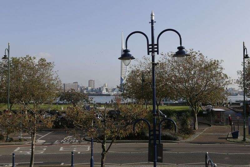 2 Bedrooms Apartment Flat for sale in Mumby Road, Gosport