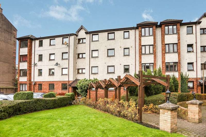 2 Bedrooms Flat for sale in South Lorne Place, Edinburgh, EH6