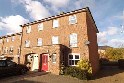 4 Bedrooms House for rent in Ringstone, Duxford