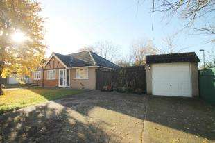 2 Bedrooms Bungalow for sale in Rutland Drive, Morden