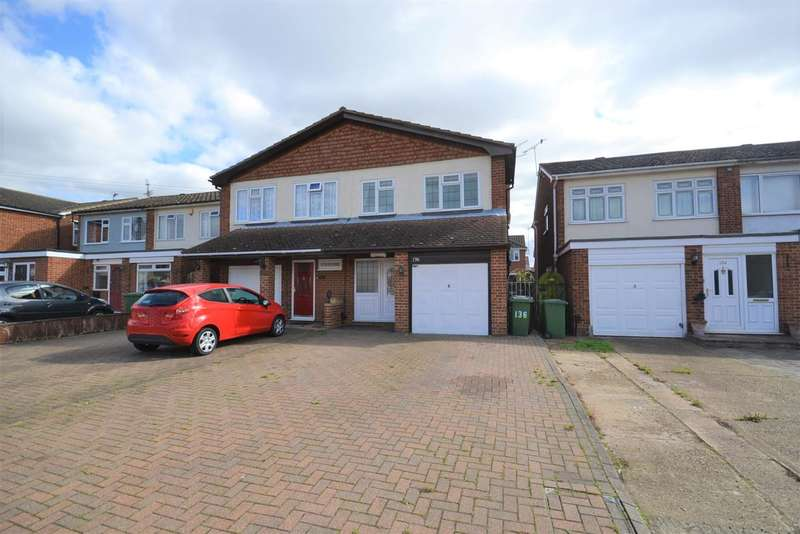 4 Bedrooms Semi Detached House for sale in Branksome Avenue, Stanford le Hope