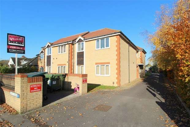 1 Bedroom Flat for sale in West Lodge, Staines Road West, Ashford, Middlesex