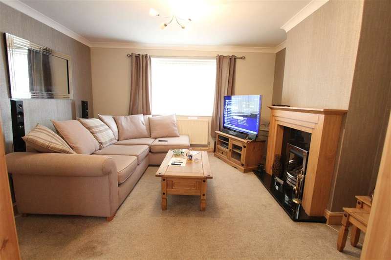 3 Bedrooms Town House for sale in Crofton Crescent, Old Swan, Liverpool