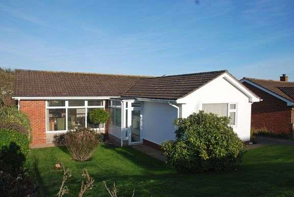 3 Bedrooms Detached Bungalow for sale in Higher Woolbrook Park, Sidmouth