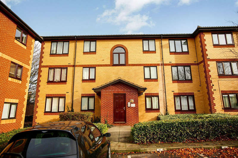 1 Bedroom Flat for sale in Churchill Close, Dartford, DA1