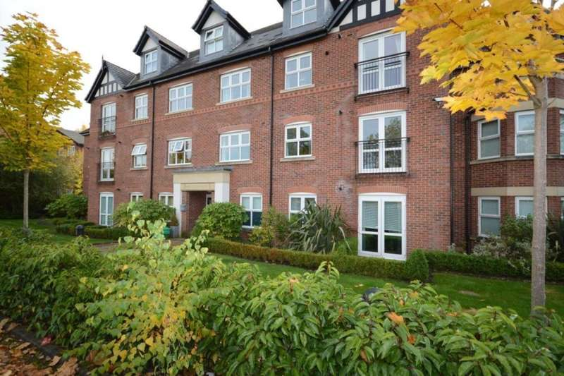 2 Bedrooms Flat for sale in Worsley Road, Swinton, Manchester, M27