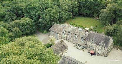 5 Bedrooms Detached House for sale in Fron Goch, Bala, Gwynedd, LL23