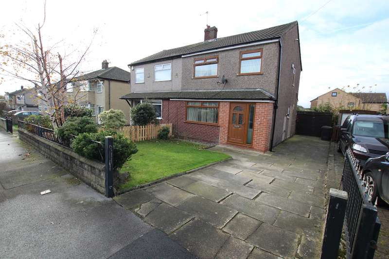 3 Bedrooms Semi Detached House for sale in Tyersal Walk, Bradford, West Yorkshire, BD4 8ER
