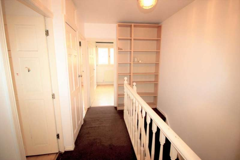 3 Bedrooms Maisonette Flat for sale in Seyssel Street, Island Gardens
