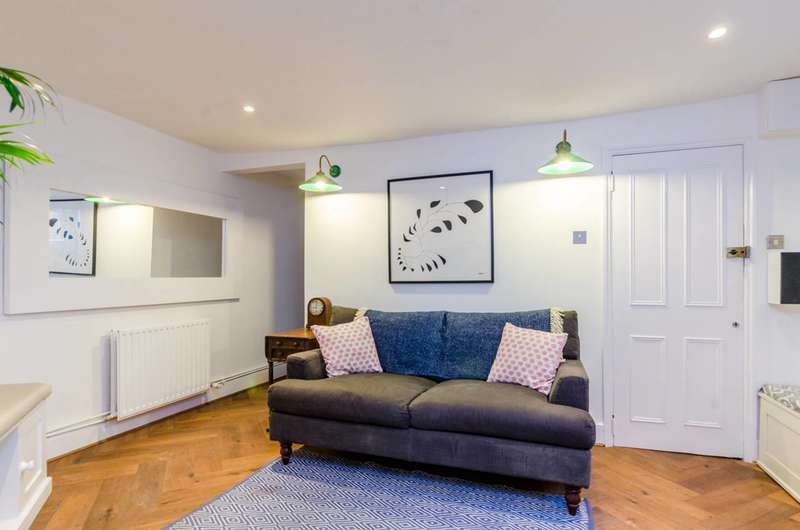 2 Bedrooms Flat for sale in Old Ford Road, Bethnal Green, E2