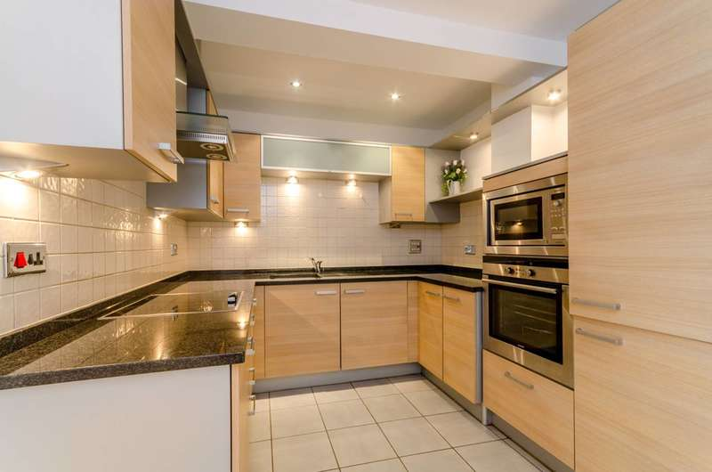 2 Bedrooms Flat for sale in Worple Road, Wimbledon, SW19
