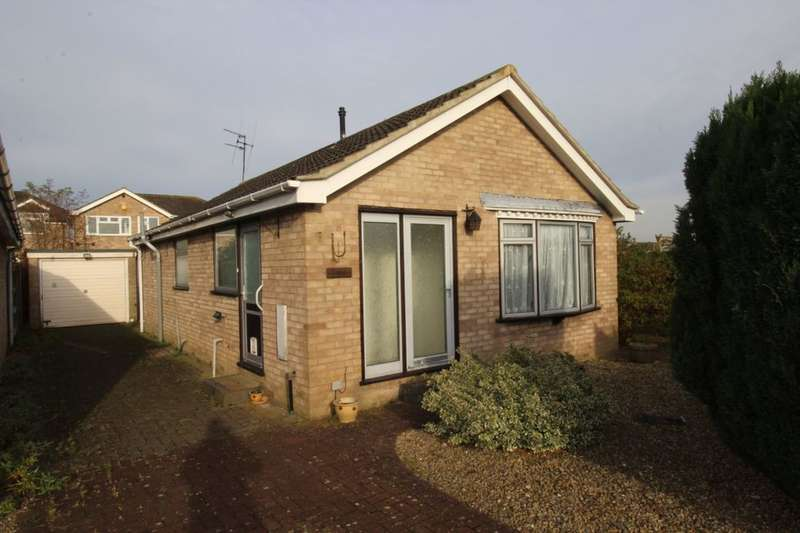 2 Bedrooms Detached Bungalow for sale in Mancroft, Haxby, York, YO32