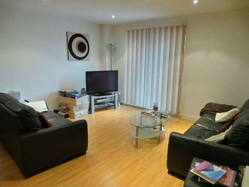 2 Bedrooms Apartment Flat for sale in Taylorson Street South, Salford Quays