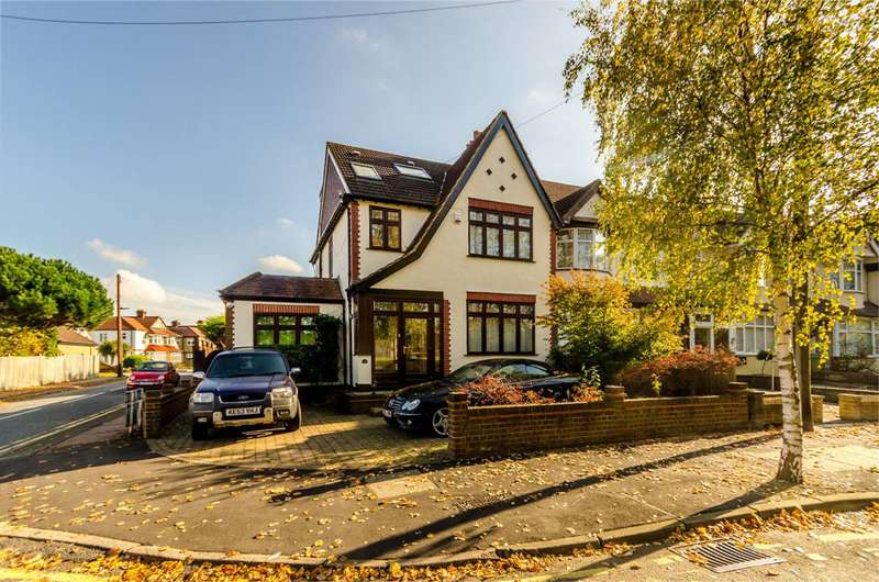 5 Bedrooms House for rent in Stanhope Grove, Beckenham, BR3