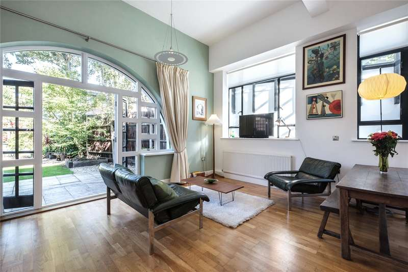 1 Bedroom Flat for sale in Montague Road, London, E8