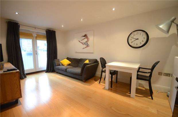 1 Bedroom Apartment Flat for sale in Chesterton Place, 63A St. Leonards Road, Windsor