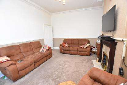 3 Bedrooms Terraced House for sale in Preston Old Rd, Witton, Blackburn, Lancashire