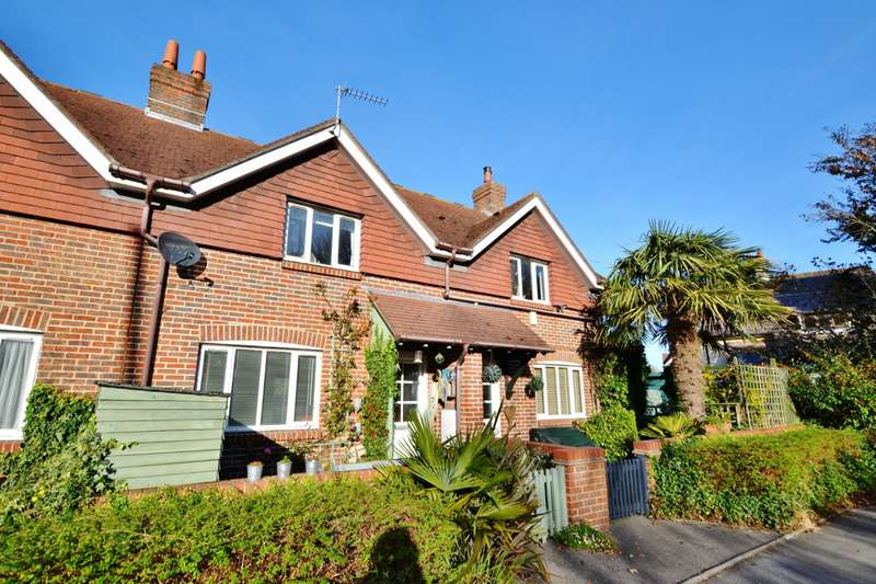 2 Bedrooms Terraced House for sale in Studland