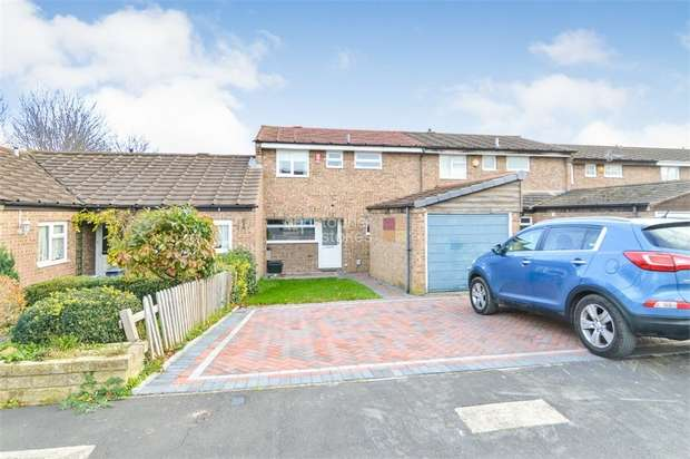 3 Bedrooms Detached House for sale in Cavell Road, Cheshunt, WALTHAM CROSS, Hertfordshire