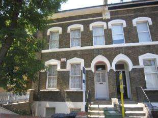 4 Bedrooms Terraced House for sale in Morley Road, Lewisham