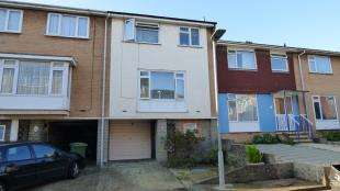 3 Bedrooms Terraced House for sale in Cloisters, Church Hill, Newhaven, East Sussex