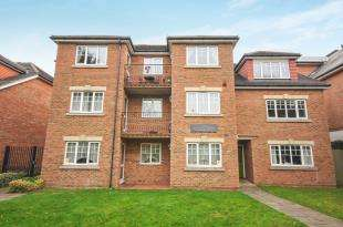 2 Bedrooms Flat for sale in Flat 4, 218 Pampisford Road, South Croydon