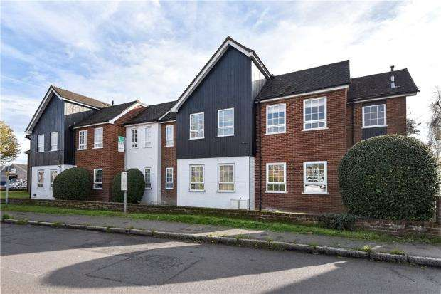 1 Bedroom Apartment Flat for sale in Home Farm Court, Narcot Lane, Chalfont St. Giles