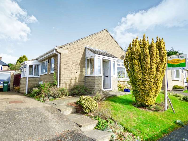 3 Bedrooms Detached Bungalow for sale in 8 Park View, Leyburn
