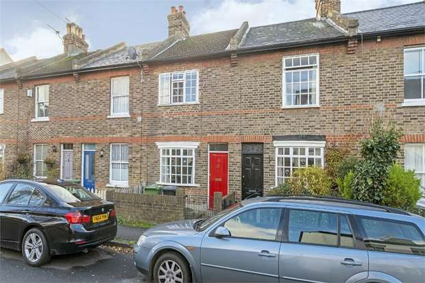 2 Bedrooms Terraced House for sale in Albert Road, Epsom