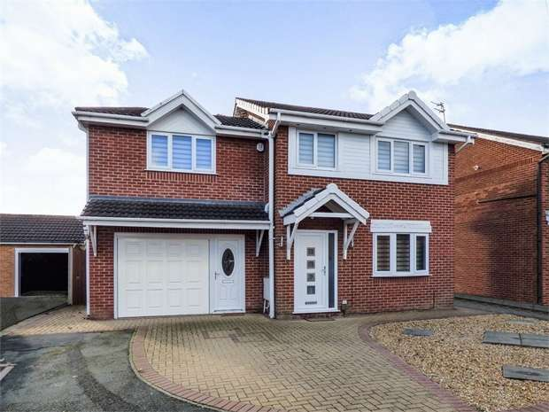 4 Bedrooms Detached House for sale in The Rowans, Poulton-le-Fylde, Lancashire