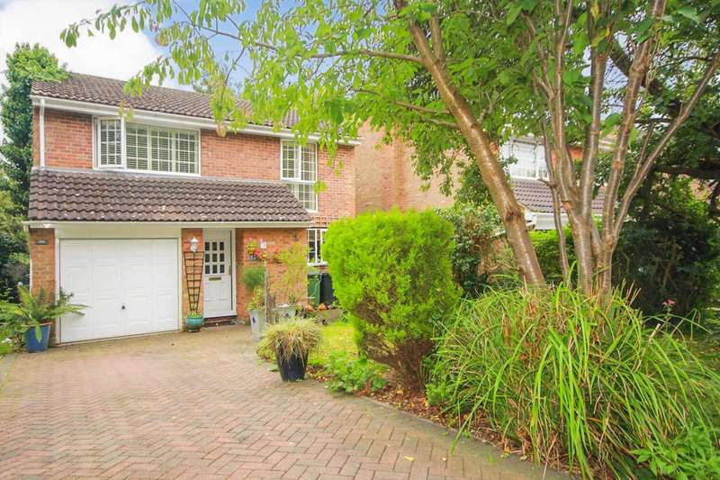 4 Bedrooms Detached House for sale in 4 BED DETACHED CUL DE SAC/GARAGE in Chenies Court, HP2