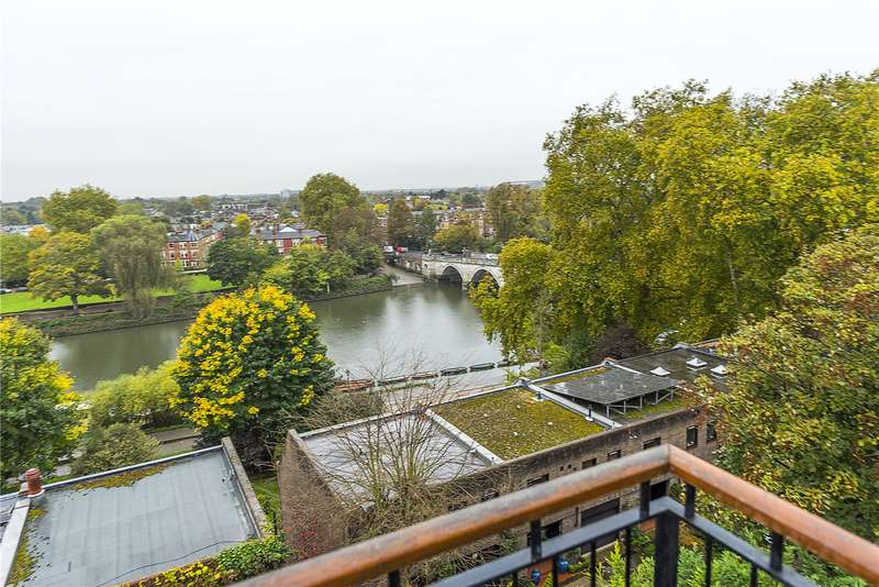 2 Bedrooms Flat for sale in Petersham Road, Richmond, TW10