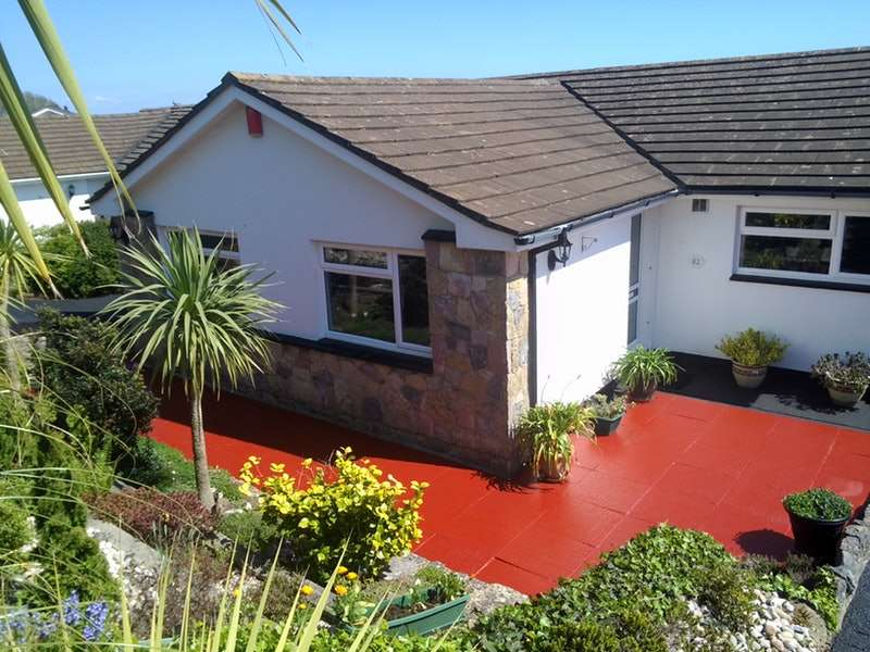 3 Bedrooms Bungalow for sale in Broadley Drive, Torquay, Devon, TQ2