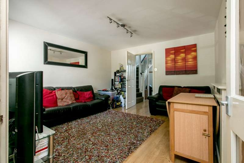 2 Bedrooms Terraced House for sale in Amblecote meadows, Grove park, London, SE12