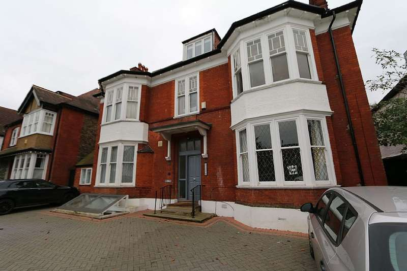 1 Bedroom Flat for sale in Flat G, 23 Prentis Road, Streatham, London, SW16 1QB