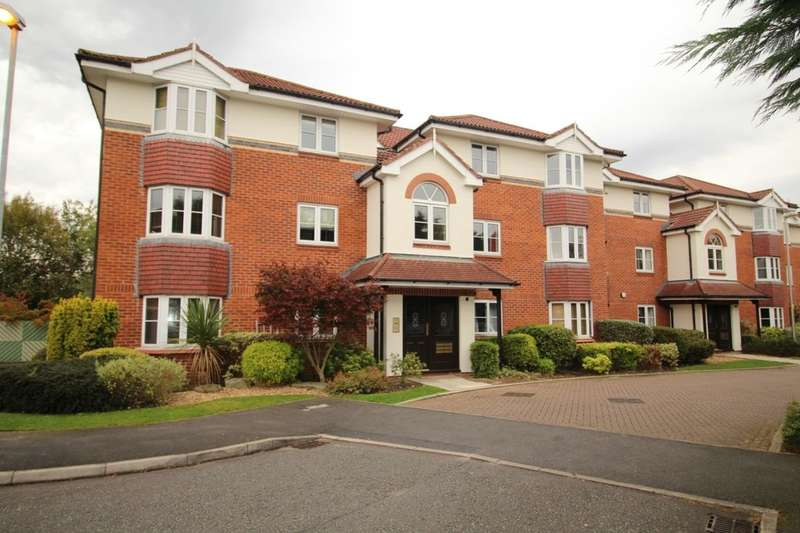 2 Bedrooms Flat for sale in Chamberlain Drive, Wilmslow, SK9