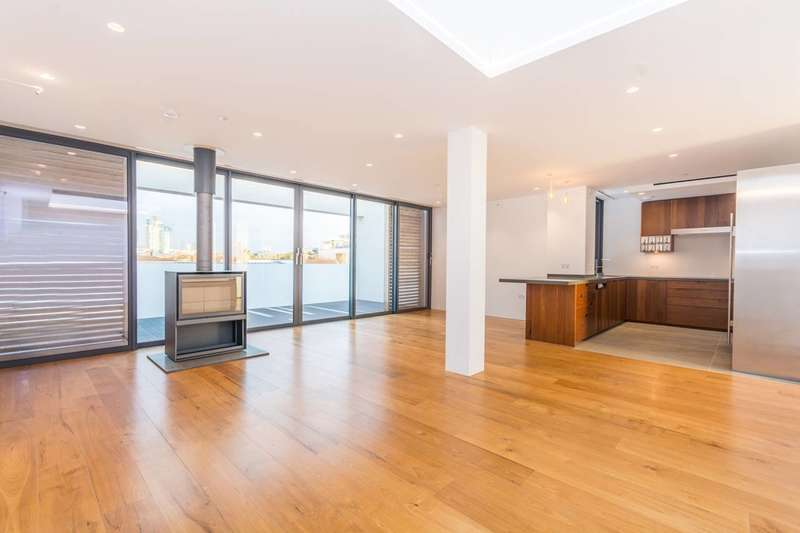 3 Bedrooms Penthouse Flat for sale in Wild Rents, London Bridge, SE1