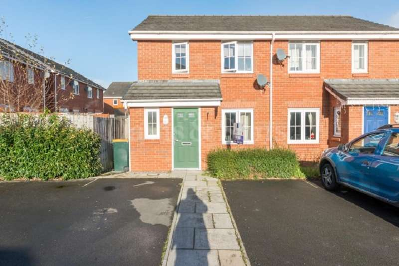 2 Bedrooms Semi Detached House for sale in Clos Ennig , Bettws, Newport. NP20 7GN