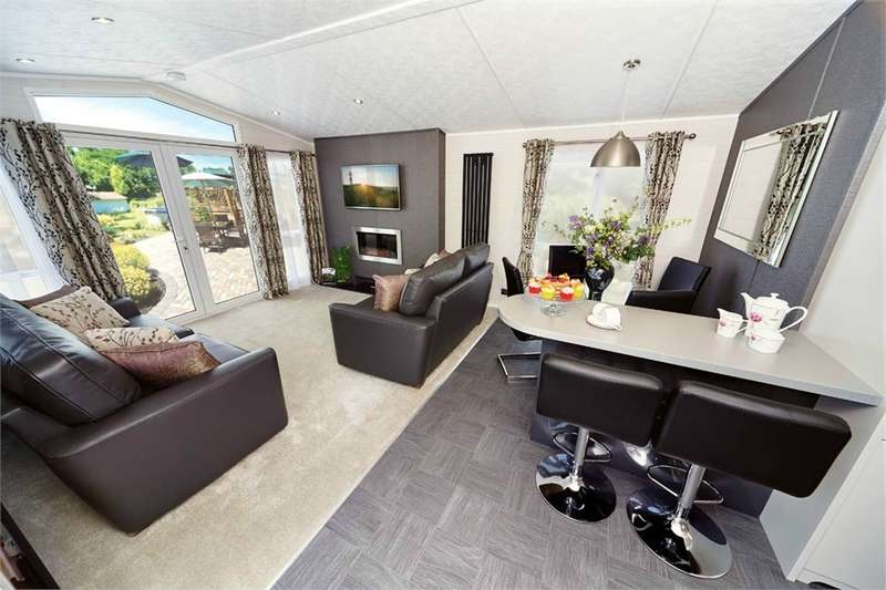 2 Bedrooms Park Home Mobile Home for sale in LA23 3DL CARNABY STAMFORD CARAVAN, Fallbarrow Park, Lake District Leisure Pursuits, Bowness-on-Windermere, Cumbria