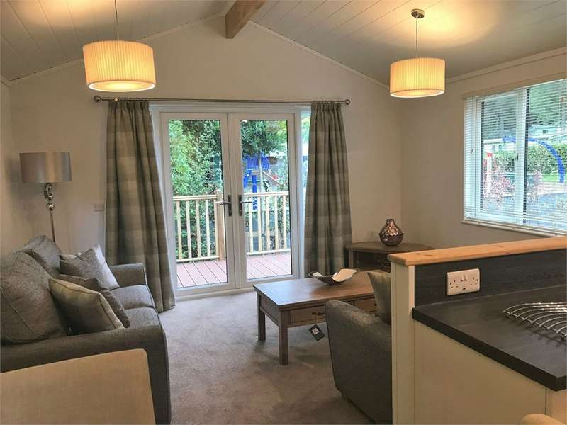 2 Bedrooms Park Home Mobile Home for sale in LA23 3DL Cambrian Verity Lodge, Fallbarrow Park, Lake District Leisure Pursuits, Bowness-on-Windermere, Cumbria