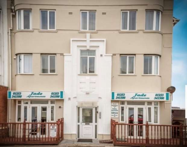 Flat for sale in Clifton Drive Sourth Shore Blackpool